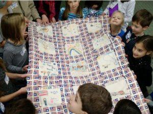 Jewish School Children Make Blankets for Veterans